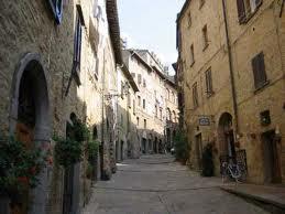 File:Volterra22156.jpg