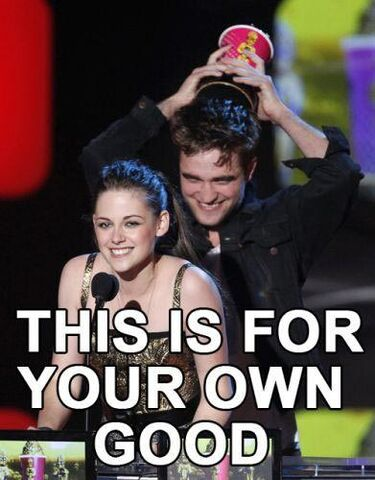 File:Funny-twilight-picture-001.jpg