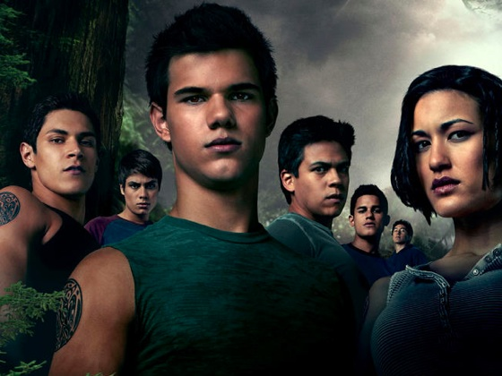 File:Twilight-saga-eclipse-wolf-pack-short-24-5-10-kc.jpg