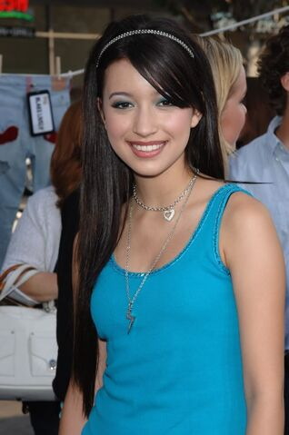 File:ChristianSerratos9.jpg