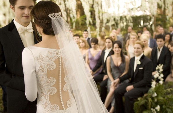 File:Wedding edward and bella.jpg