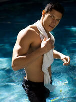 Alex-meraz-swimshoot