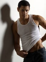 Eye-candy-alex-meraz-8