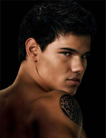 File:Jacob-black-jacob-black-24421722-499-649.jpg