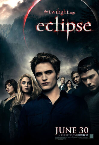 File:Cullens banner in eclipse.jpg