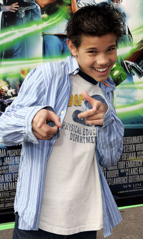 File:Taylor lautner son of the mask 2.jpg