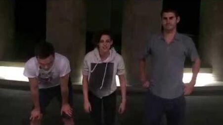 Kristen Stewart & Nicholas Hoult's ALS Ice Bucket Challenge