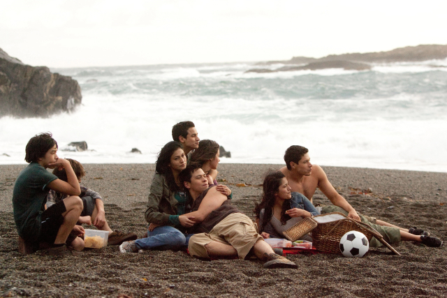 File:The-Twilight-Saga-Breaking-Dawn-Part-1-Breaking-Dawn-Stills-the-quileute-wolf-pack-26514637-640-427.jpg