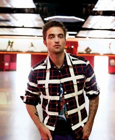 File:Robert-pattinson-blackbook-0912- (8).jpg
