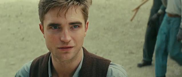 File:Robert Pattinson-Elephants.jpg