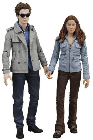 File:Edward-cullen-bella-swan-twilight-action-figures.jpg