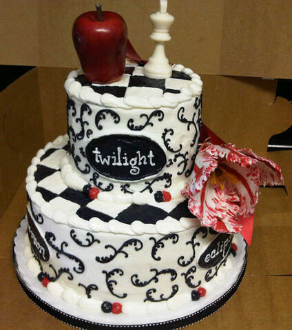 File:Birthday cake-twilight7.jpg