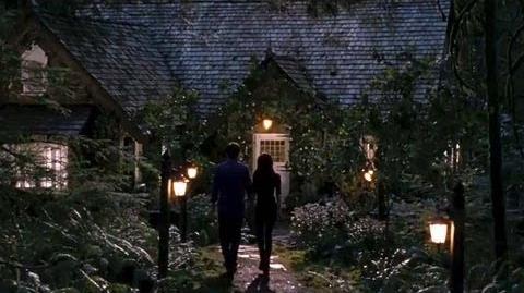 Twilight Breaking Dawn Part 2 Clip