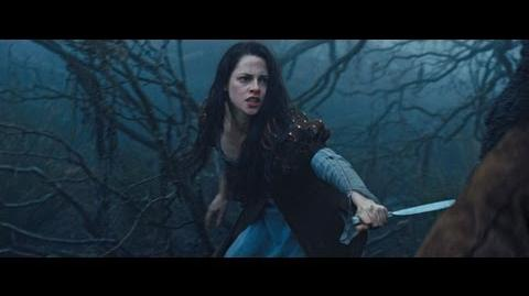 "Snow White and the Huntsman - TV Spot ""Bound"""