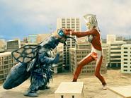 Arindo v Ultraman Taro