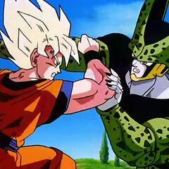 Goku fighting Cell