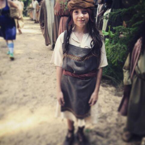 File:2016-08-29 Emilia Darren Genet Instagram.jpg