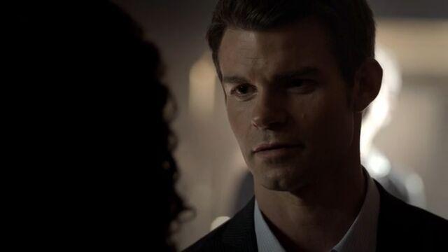 File:Elijah 6 TO 1x06.jpg