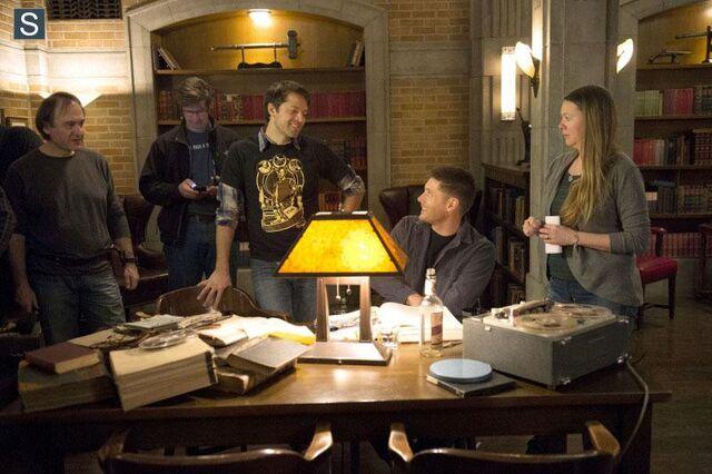 File:Supernatural - Episode 9.17 - Mother's Little Helper - Promotional Photos (3) FULL.jpg