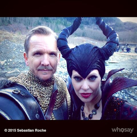 File:OUaT - King Stefan & Maleficent.jpg