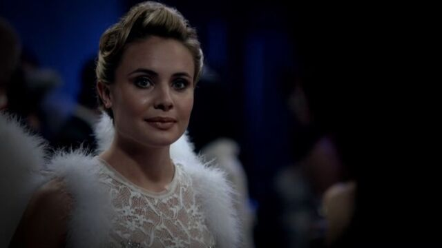 File:Camille 6 TO 1x03.jpg