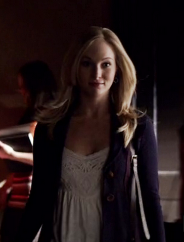 File:Caroline Forbes 5x13 Total Eclipse of the Heart.png
