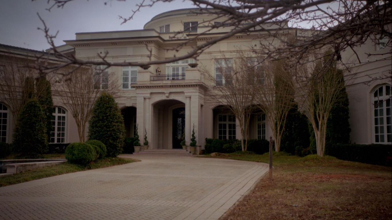 Klaus Family Mansion The Vampire Diaries Wiki Fandom