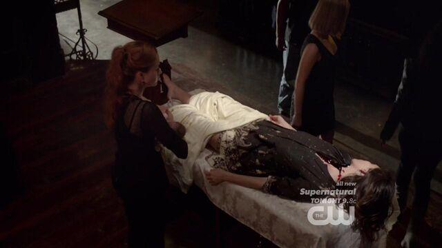 File:The Originals S01E22 mkv2829.jpg