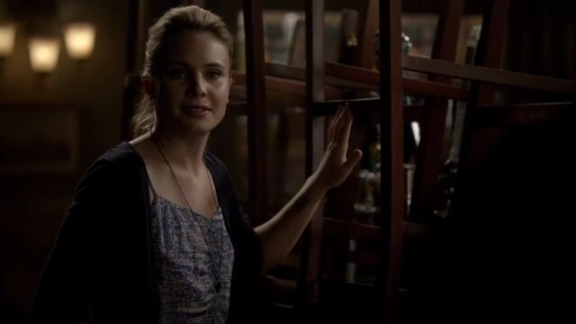 File:Camille 5 TO 1x06.jpg