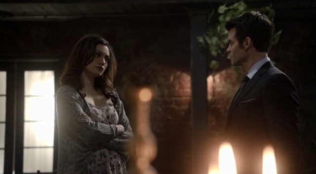 File:Hayley and Elijah 1.12.png
