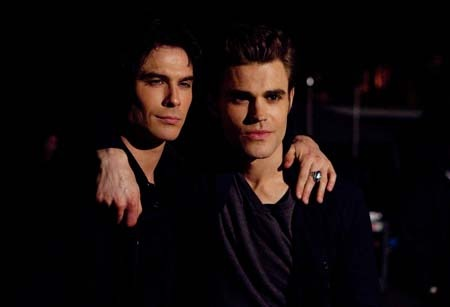 File:Defan-damon-and-stefan-salvatore-27155353-450-307.jpg