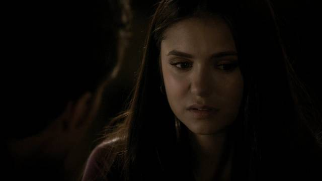 File:The-vampire-diaries-2x20-the-last-day-elena-gilbert-cap-04 mid.jpg