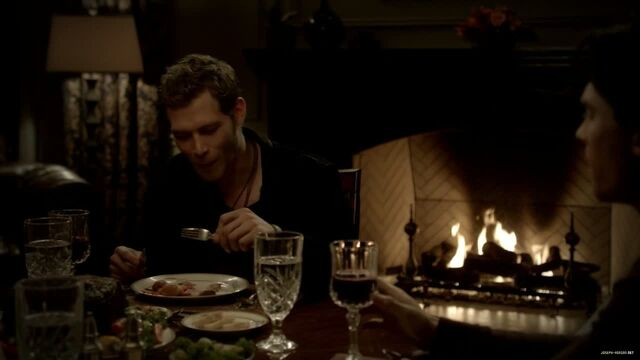 File:3x13-Bringing-Out-the-Dead-joseph-morgan-29152973-1280-720.jpg