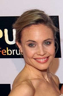 File:220px-Leah Pipes.jpg