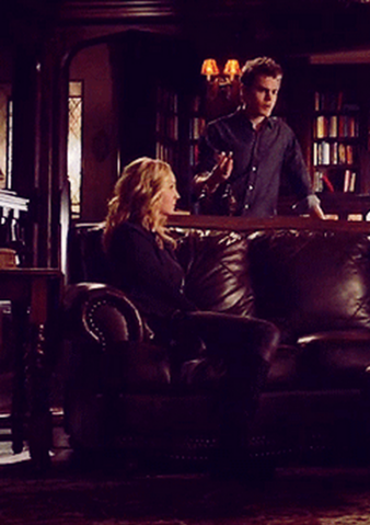 File:Caro and Stefan 5x11.png