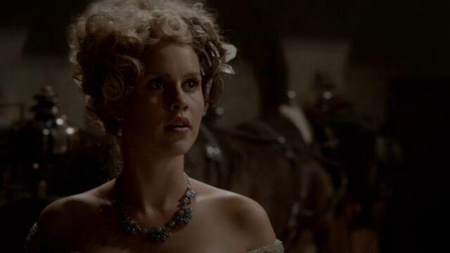 File:Rebekah 7 TO 1x04.jpg