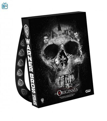 File:The Originals - Comic Con Bags.jpg