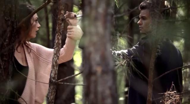 File:Hayley-Elijah 1x7..png