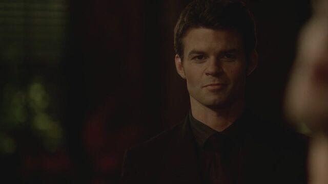 File:The-Vampire-Diaries-3x13-Bringing-Out-the-Dead-HD-Screencaps-elijah-28812062-1280-720.jpg