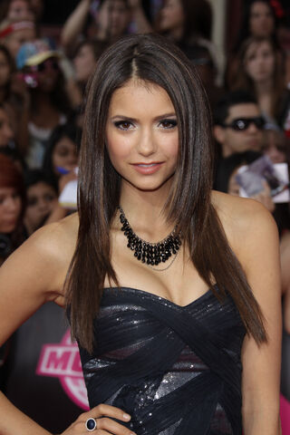 File:Nina-Dobrev-Hot-Pics-Wallpapers-7.jpg