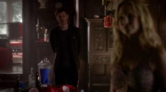 File:Klaus-Care 4x17.png
