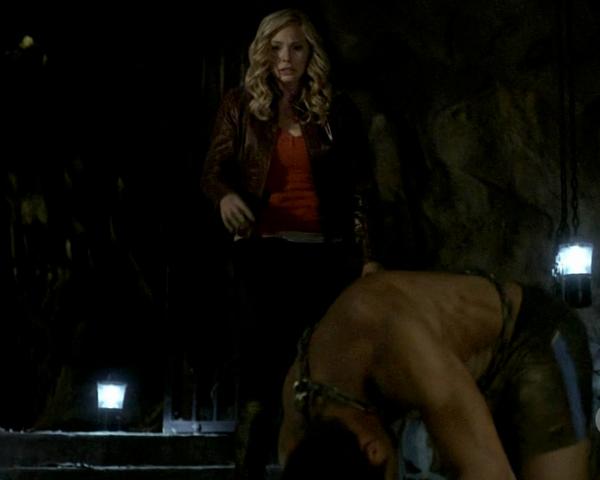 File:Caroline Tyler 2x11.png