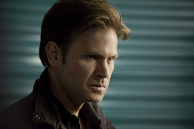 File:Vampire-diaries-season-3-the-departed-promo-pics-4.jpeg