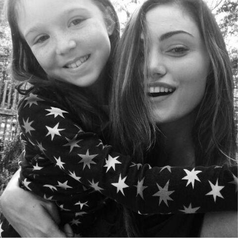 Summer and Phoebe Tonkin