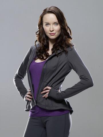 File:Chloe-Armstrong-stargate-universe-26254359-1502-2000.jpg