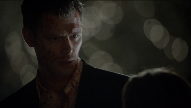 File:Klaus talking to carol.png