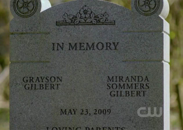 File:TVD - Grayson and Miranda Gilbert's tombstone.jpg