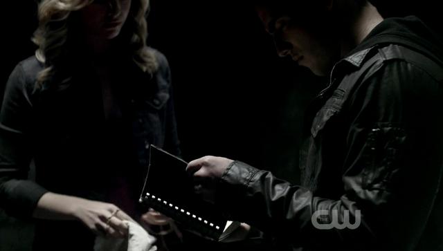 File:Caroline-Tyler 2x10...png