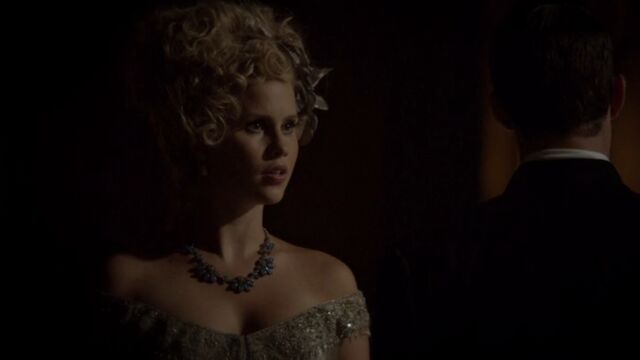 File:Rebekah 8 TO 1x04.jpg
