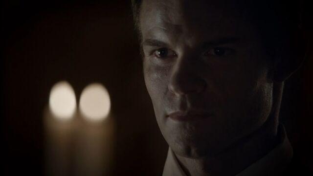 File:Elijah 2 TO 1x04.jpg